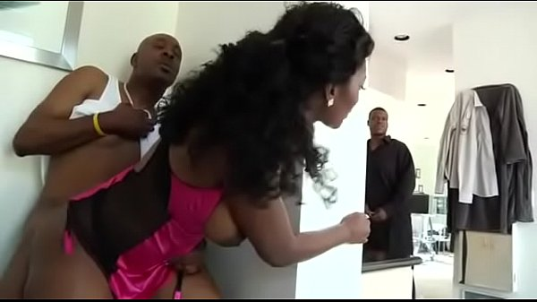 Cheating wife Nyomi banxxx fucks lt