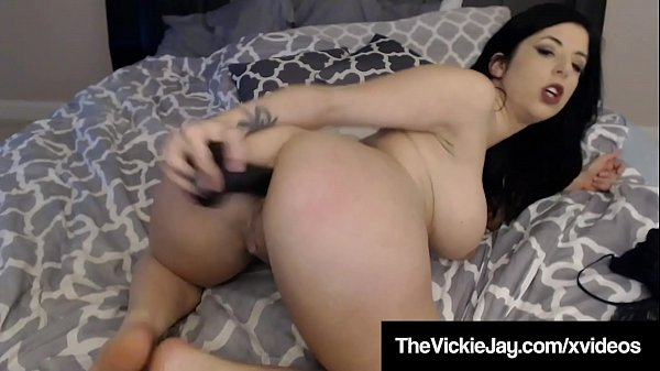 Phat Ass Curvy Vickie Jay Ass Fucks Her Tiny Butthole!
