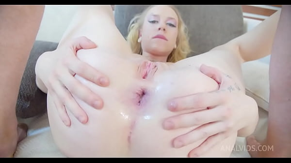 Chrystal Sinn gets fucked hard in the ass and dp by 3 cocks, drinks and gets filled with piss trapped by nets PAF010 Thumb