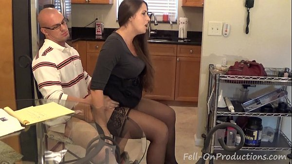 [Taboo Passions] MILF Mom Madisin Lee Homemade Porn in Term Paper Blueballs Thumb