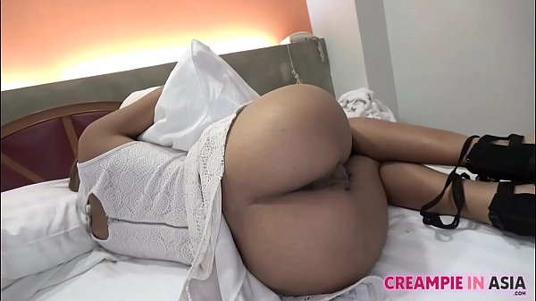 Uncensored Japanese sex video with Thai girl