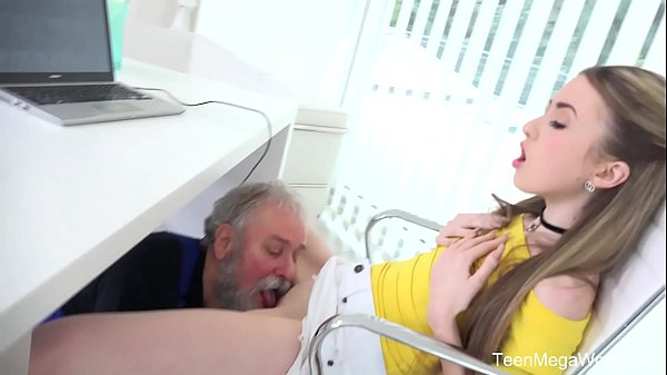 Old-n-Young.com - Empera - Old man fucks a fresh babe Thumb