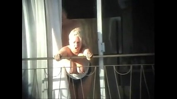 sex and balcony (voyeur caught
