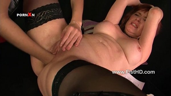 Mishka stretches Fayes pussy with a fist