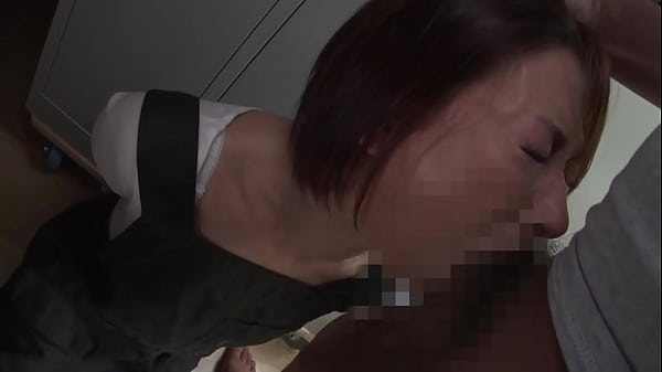 Japanese MILF f. blowjob by her boss - javqds.com