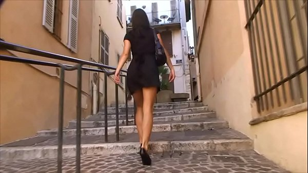 BDSM model Alex Zothberg walking in Antibes