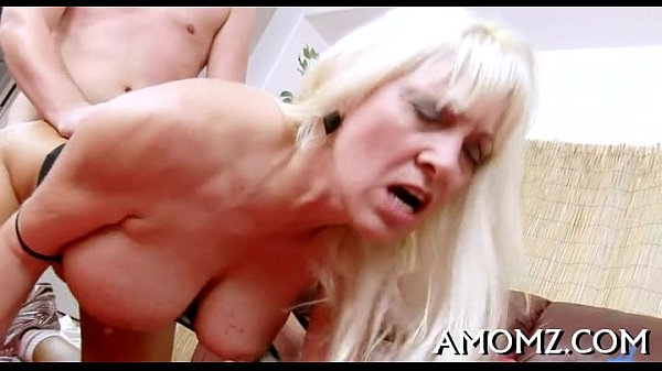 Mom entreats for cock in her pussy Thumb