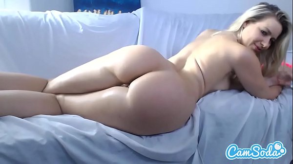 Anikka Albrite big tit bigs ass blonde finger fucking her ass and vagina.