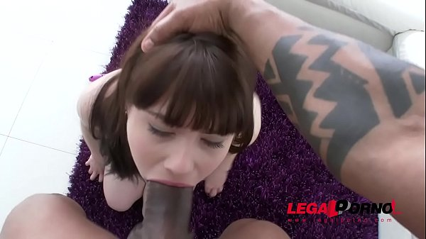 Luna Rival Ass fucks the Biggest Cock of her life in POV