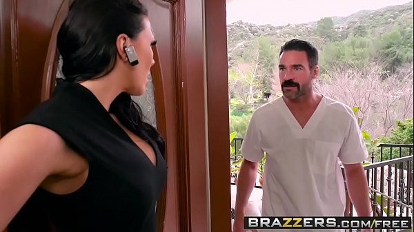 Dirty Masseur - Rubbing A Cock In Her Poon scene starring Rachel Starr and Charles Dera