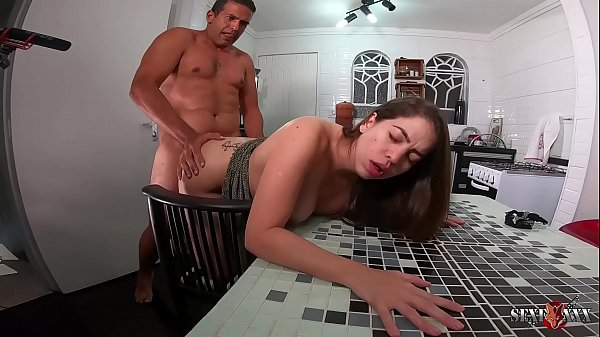 Backstage of the star Manu Fox in the kitchen p...