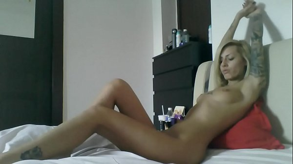 Staceybella: Sexy Body Play Alone