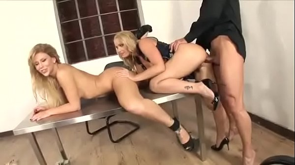 Caty Cambell and Brooklyn Lee Nailed By A Cop