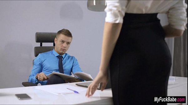 Sexy secretary Sheri Vi seduces her boss and fu...