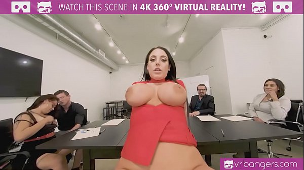 VRBangers.com-Cute student use sex to pay for her room VR porn
