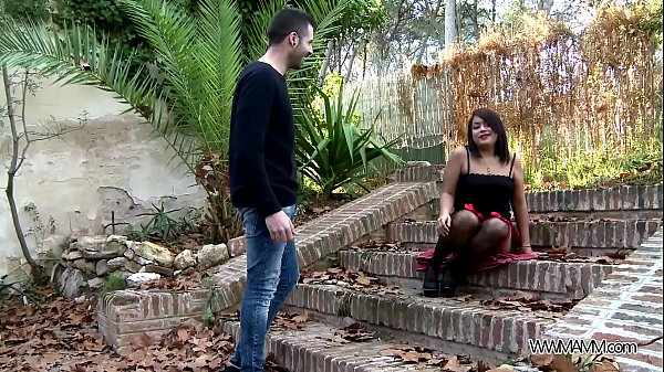 Curvy l. Fucked and Fingered Until She Squirts ...