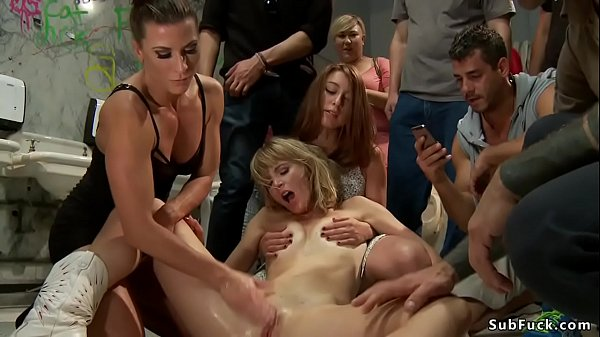 Blonde squirter is public disgraced Thumb