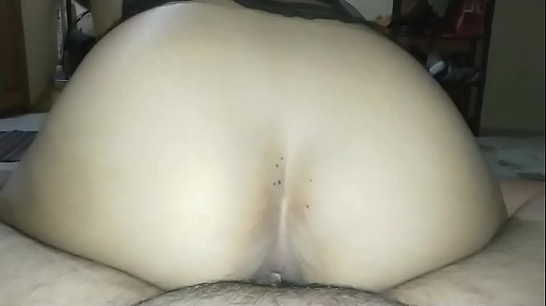 Bouncy Filipina Ass Is so delicious when you fuck!