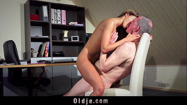 Hot Teen Fucking Old Man Pussy Fuck And Blowjob Cum Swallow Thumb