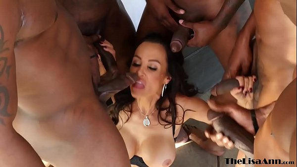 Top MILF Lisa Ann DP gangbanged before interracial facial