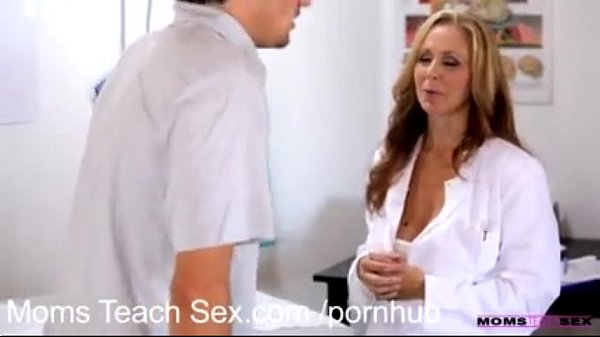 Julia Ann James Deen Mom