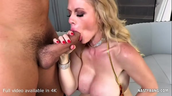 Busty blonde MILF Casca Akashova fucked by a capable dong