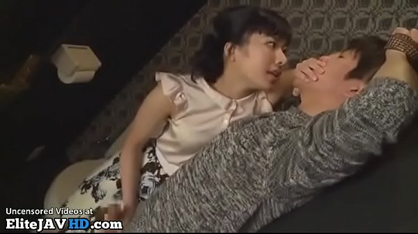 Japanese horny babe fucks random guy