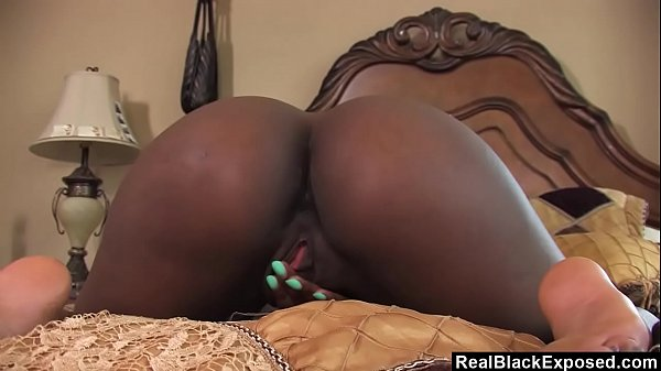 RealBlackExposed - Sierra Banxxx playing with h...