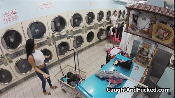 Got busted and fucked at laundromat Thumb