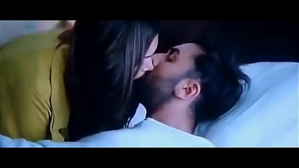 Bollywood Movies Sex Videos: Bollywood Deepika Padukone And Ranbir Kapoor Tamasha Movie Kissing Video