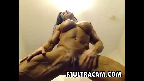 Big Female Bodybuilder masturbating in webcam