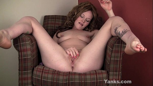 Excited Lori Toying Her Shaved Muff Thumb