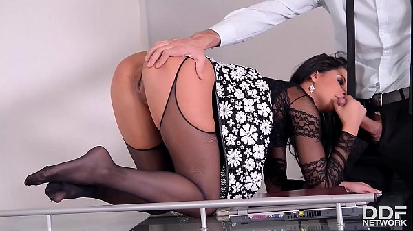 Mouth-watering Serbian stunner Coco De Mal stars in footfuck & blowjobs vid Thumb
