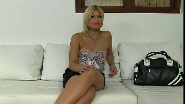 Blonde with small tits sucking and fucking in office