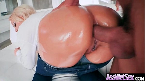 Big Ass Wet Oiled Girl (Luna Star) Get Nailed Deep In Her Behind clip-21