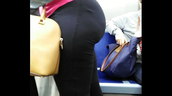 candid monster booty