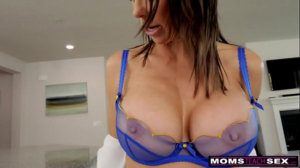 caught spying moms boobs