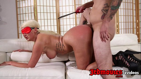 Laeyla Price loves to get her ass smacked hard
