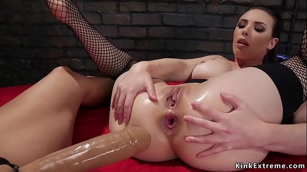 Lesbians anal fisting and banging