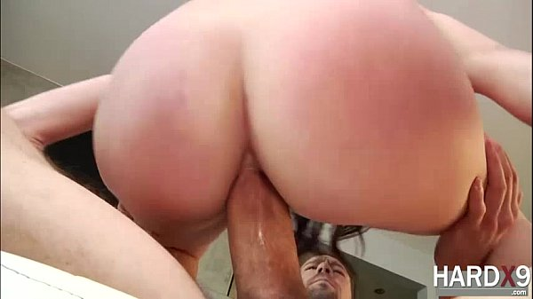 Damn sexy Mandy goes hardcore sex with her hunk lover