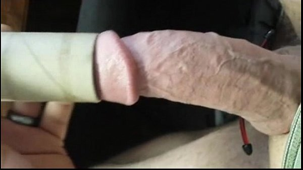 Toilet Paper Tube Test Veiny Big Cock Jerking With Cockring