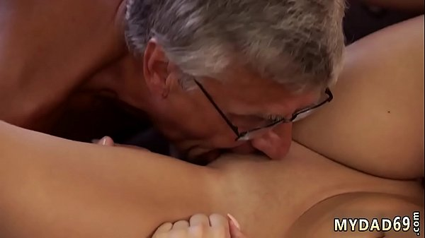 Old Man Licking Pussy