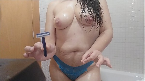Mature Spanish milf with rule touching her pussy in the bathtub, shaving her hair and shoving a long brush up her pussy. Fetishists will really enjoy it