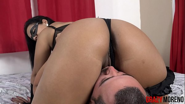 Dominatrix gives her mother's brother a pussy spanking - GRAZY MORENO Thumb