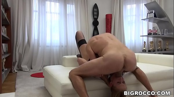 Deepthroat, rimjob and anal with Rocco Siffredi - Linda Leclair