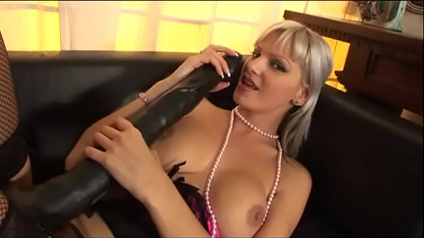 When I see your nice tits I get turned on! Vol. 4