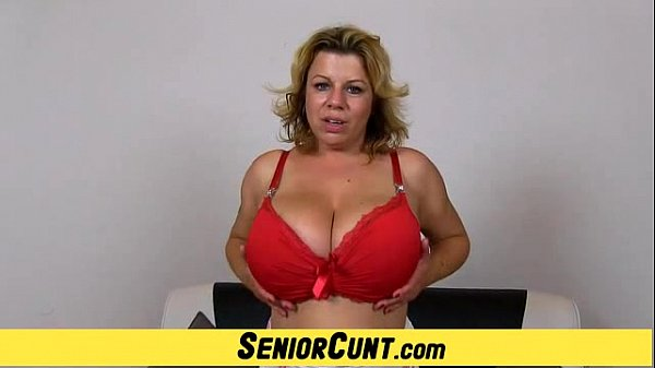 Big tits cougar Silvy Vee pussy widening games