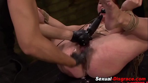 Bdsm submissive squirting