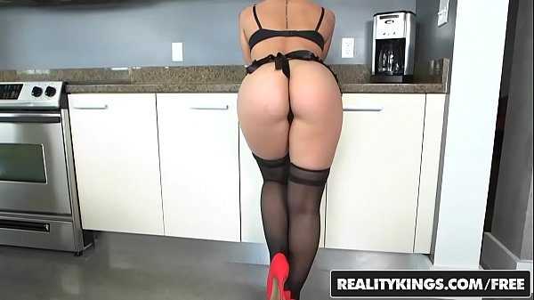 RealityKings - Monster Curves - (Veronica Dean) - Coochie In The Kitchen