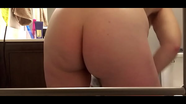 Sexy pawg wife getting out of the shower
